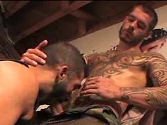 Hot gay men Logan McCree and Mike Dreyden fuck