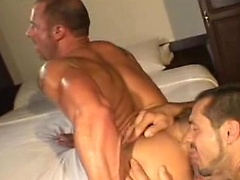 Jeremly Bilding\\\'s Heated Up -- All Worlds Video