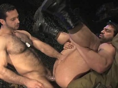 Muscled soldiers Adam Champ and Vince Ferelli fucking