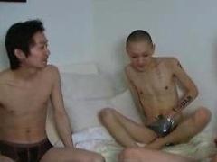 Tokyo Dildo Part 1. Asian threesome