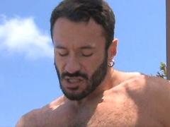Big hairy muscle man Wilfred Knight fucks Vince Ferelli