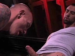 Muscled ass fisted - Mason Garet and Matthieu Paris