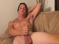 Hot amateur guy Brady jerking off