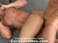 Hot muscle hunks Cavin Knight and Marc Dylan fuck