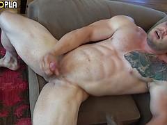 Bodybuilder Buck Carter JERKS His Cock And CUMS