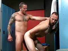 MenOver30 Eating Hairy Ass at the Gym