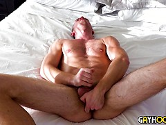 Logan Piper Jerks off With A Huge Dildo In His Ass