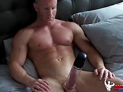 Muscle Johnny V solo
