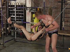 A Twink Dick Servicing! - Kamyk Walker & Tyler Underwood