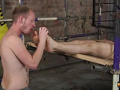 His Twink Feet Are Great For Wanking - Kamyk Walker & Sean Taylor