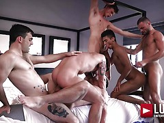 Max Arion's Bareback Double-penetration Orgy