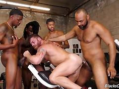 Riley Mitchel, Fame, Knockout, Leon Redd & Ray Diesel Hardcore anal fucking