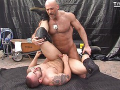 Parole: Officer Jesse Jackman pounds the ass of parolee Lorenzo Flexx