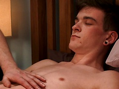 Straight Pup Caspar gets his First Man Wank & Cums a Nice Big Load Without Touching his Cock all Shoot!